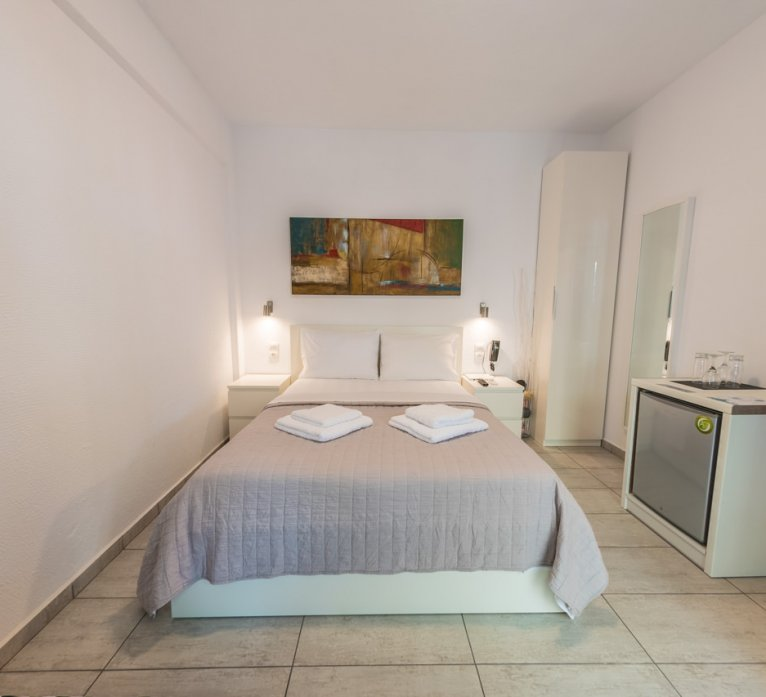 triple-room-to-let-castello-2